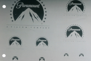 Paramont Logo Sandstrahlarbeiten