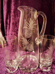 Wasser/Saft-Krug und Gläser Motiv Ananas