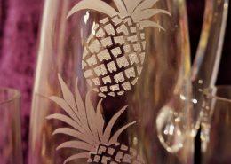 Wasserkrug mit Motiv Ananas