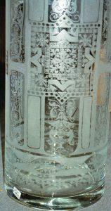 Vase aufwendige Handgravur