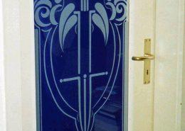 Gravierte Tür